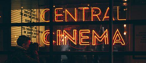 Insegna con scritto central cinema
