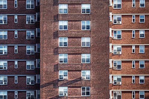 Condominio in mattoni rossi